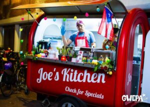 Joe's Kitchen in pop-up trailer eco - Multiwagon