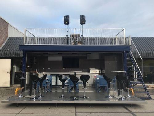 Pop-Up Container met dakterras en dj booth - Multiwagon