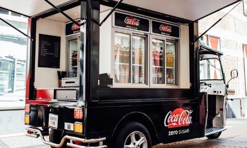 Etuk Coca Cola